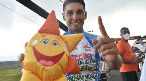Nicolás Tivani ganó el Giro del Sol y consiguió su tercera victoria en la temporada