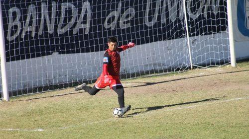 Ezequiel Herrera, la seguridad bajo los tres palos de Rivadavia