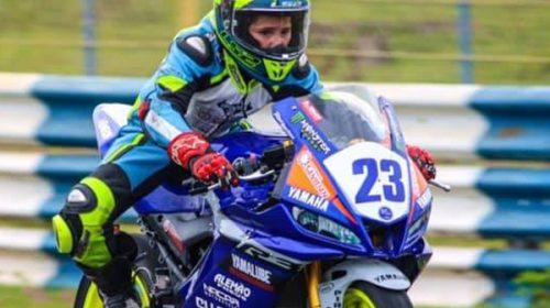 Mora retoma en Brasil el Yamaha R3 y busca cupo en la Supersport 300cc a nivel mundial