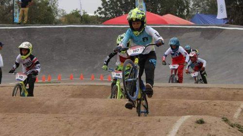 Heredó el BMX y sueña con competir en un JJOO con el Chalo Molina