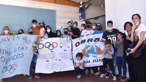 Emotiva bienvenida para los medallistas sanjuaninos