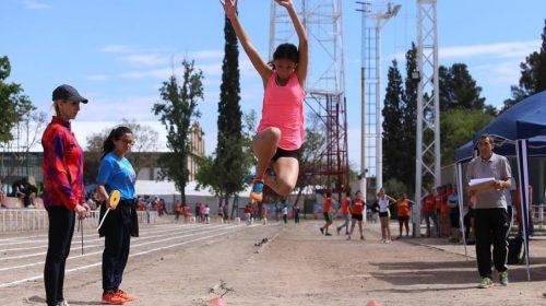 Victoria Agüero, la caucetera especialista en saltos de atletismo que sueña con los Binacionales