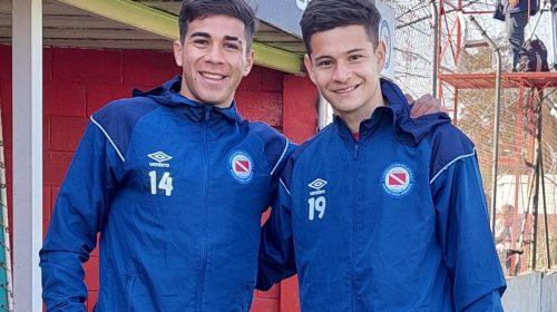 Dos hermanos cauceteros debutaron en la Reserva de Argentinos Juniors