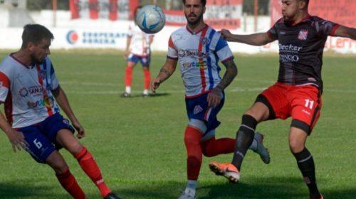 Peñarol juega en casa y Desamparados en Chivilcoy, ambos a la misma hora