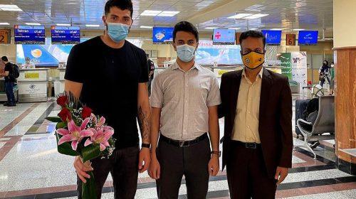 Federico Pereyra tuvo un cálido recibimiento en Irán y superó la revisión médica