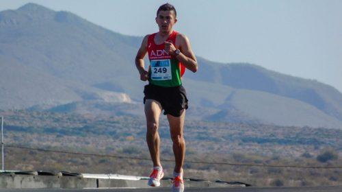 Lisandro Tejada, entre los 30 mejores de la media maratón de Rosario